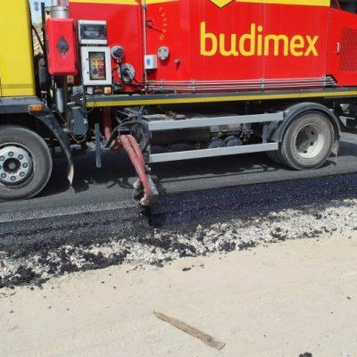 Raspanditoare – topitoare de bitum pentru sigilarea marginii drumurilor HYDROG SA-300